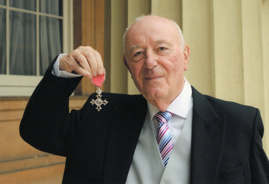 Mr Robert 'Bob' Uttley MBE
